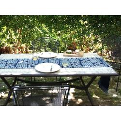 """Chemin de table Bio & Bogolan """"Fleuri Indigo"""" (160 cm longue)"""