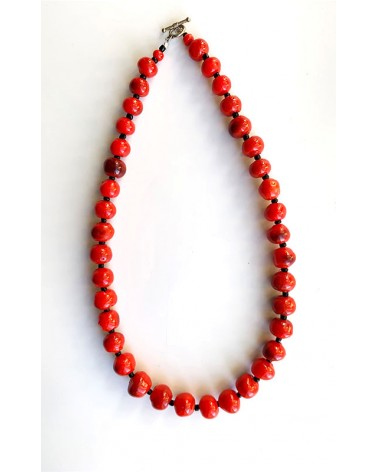 Handmade african necklace with recycled plastic pearls